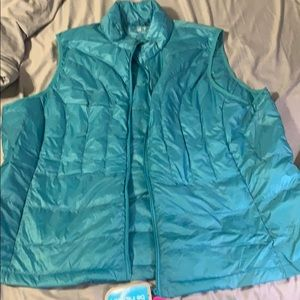 Be Inspired down packable vest Size 3XL NWT
